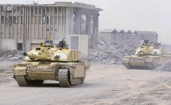 https://xenophilius.files.wordpress.com/2008/07/challenger_2_main_battle_tank_iraq_war_uk_british_09.jpg?resize=600%2C370