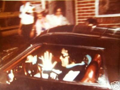 elvis-last-picture-taken-at-1228-aug-16-1977-tm