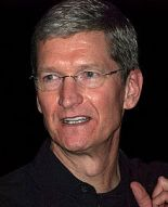220px-Tim_Cook_2009_cropped